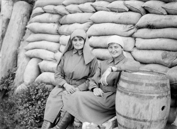 Mairi Chisholm and Elsie Knocker